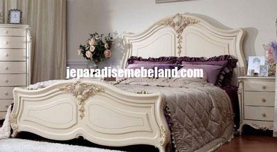 Furniture Duco Ranjang Tidur Classic