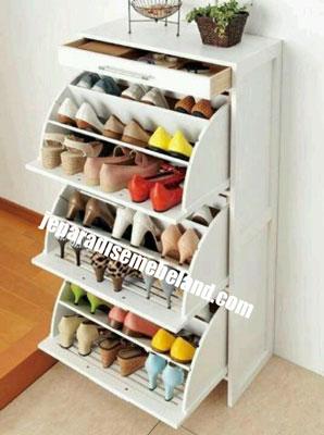 Rak Sepatu Mewah