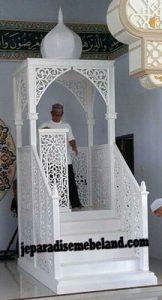 Mimbar Masjid Besar